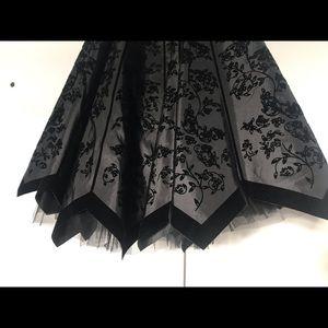 Betsey Johnson Dresses - Betsy Johnson Black Strapless Evening Collection